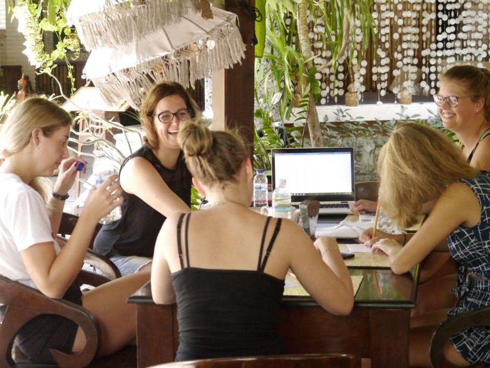Ik kreeg een compliment van mijn dochter toen ik op Bali zat tijdens haar studie op Bali.